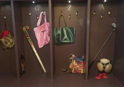 Beschilderde garderobekast