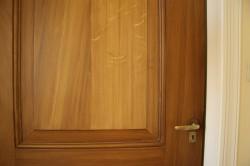 Gehoutten deur
